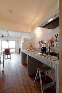 シンプルハウス |雑居ビルみたいな昭和レトロの家。ブルーグレーの色使いがポイント(兵庫県 Iさん/マンション)|Goodリフォーム.jpの住宅リフォーム情報