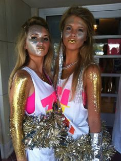 Crazy beautiful life themed bid day- So Kesha, so cute! SO much glitter. Sorority Sugar, Sorority Life, Phi Mu, Kappa Delta, Couple Halloween Costumes, Halloween Diy, Sorority Halloween Costumes, Halloween Stuff, Bid Day Themes