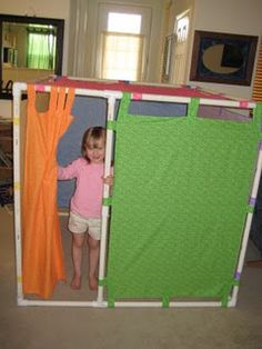 PVC pipe and tabbed curtains. No more building a fort everyday out of chairs and cushions.Pvc pipes here I come! Pvc Pipe Projects, Projects For Kids, Diy For Kids, Cool Kids, Lathe Projects, Pvc Pipe Fort, Pvc Fort, Kids Crafts, Indoor Forts