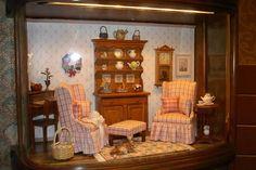 Connie Sauve - Miniature Show Photos... 19..33 qw