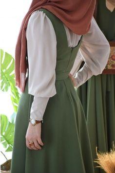 Hijab Style, Hijab Chic, Hijab Dress, Hijab Outfit, Muslim Dress, Hijab Fashionista, Dress Clothes For Women, Mode Hijab, Muslim Fashion
