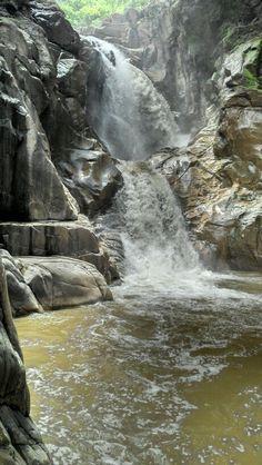Caída de agua de el salto