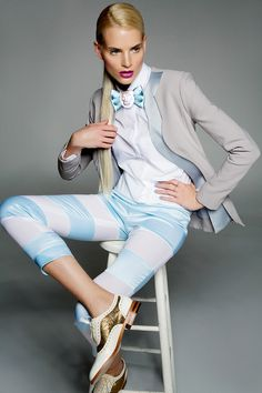 Ana Ljubinkovic total look (ABO shoes) powered by Avon makeup Stripes Fashion, Ss 15, Brogues, Different Styles, Capri Pants, Glamour, Poses, Blazer, My Style