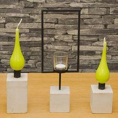 Jack cementljusstakar  En vacker ljusstaksmodell  i sin enkelhet passar bra ensam eller kombinera med andra/flera Jack ljusstakar.  Jack ljushållare m/cementfot L. En trevlig ljushållare som ökar trivselfaktorn.    Beskrivning  Metall & cementljushållare Lilla: 7,5 cm x 7,5cm x 8,5cm  Stora: 7,5 cm x 7,5 cm x 13cm  Ljushållaren: 14 cm x 7,5 cm x 38cm
