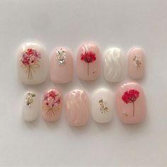 No photo description available. Manicure Nail Designs, Nail Manicure, Diy Nails, Cute Nails, Pretty Nails, Nail Art Designs, Kawaii Nail Art, Pink Nail Art, Korean Nail Art