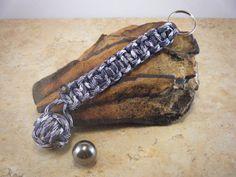 Paracord Keychain/Cobra Braid Key Fob/Monkey by ARTisianCorner, $10.00