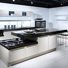 Kitchen inspiration from Boffi Modern Kitchen Cabinets, Kitchen Cabinet Design, Kitchen Flooring, Kitchen Furniture, Kitchen Interior, Kitchen Designs, Kitchen Ideas, Pink And Grey Kitchen, Small American Kitchens