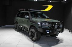 2017 TOYOTA LANDCRUISER 200 V8 4.5D VX AT This Toyota Land cruiser comes in Military green wrap, 18 inch wheels, all terrain tyres, side steps, nudge bar, xenon lights, reverse camera, Front runner roof rack, nudge bar, auto adjustable heated, cooling front seats with driver's memory, rear heated seats, rear air con controls, MFS, hill […] The post 2017 TOYOTA LANDCRUISER 200 V8 4.5D VX AT appeared first on TrackRecon℠ Classifieds.