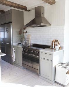 Kitchen Island, Kitchen Cabinets, Denver, Modern, Instagram, Home Decor, Island Kitchen, Trendy Tree, Decoration Home