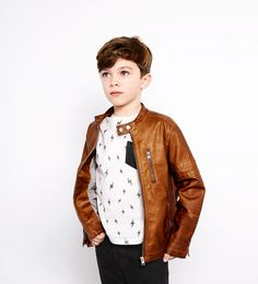 ZARA KIDS, spring-summer 2016. Leather jacket, kids leather jacket, kids fashion, boys clothes, cazadora cuero, cazadora piel, niños, moda infantil, moda niños.