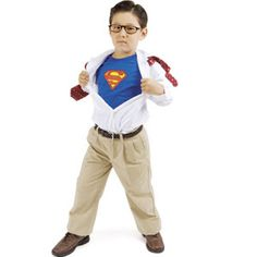 No-sew DIY Halloween Costumes that are cute and clever! Clark Kent turning into Superman! Easy Homemade Halloween Costumes, Halloween Bebes, Boy Halloween Costumes, Cute Costumes, Zombie Costumes, Halloween Clothes, Halloween Couples, Haunted Halloween, Group Halloween