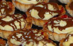 Brabantské dortíčky s marcipánem Waffles, Pancakes, Doughnut, Panna Cotta, Christmas Diy, Nutella, French Toast, Cheesecake, Muffin