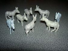 Lot 10 ânes en plastique pour maquette, décoration, crèche etc... mules mulet
