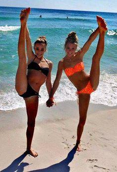 Peyton Mabry and Jamie Andries love these girls #cheer #cheerleader #cheeerleading