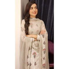 nimrat khaira pics in suit Dress Indian Style, Indian Dresses, Indian Wear, Indian Outfits, Indian Clothes, Girl Photo Poses, Girl Photography Poses, Punjabi Girls, Punjabi Suits