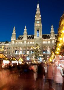 People on the Christmas market in Vienna, Austria, one of my fav cities! European Vacation Packages, Christmas Markets Europe, Christmas Shopping, Christmas Cruises, Christmas Spectacular, Europe Bucket List, Winter Travel, Train Travel, Dream Vacations