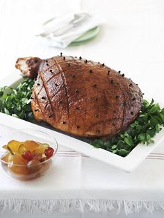 Burnt honey, orange and clove glazed ham - Gourmet Traveller Ham Recipes, Gourmet Recipes, Roasted Ham, Christmas Lunch, Christmas Goodies, Pork Ham, Ham Glaze, Instant Recipes, Xmas Food