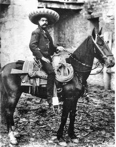 Zapata Charro suit. lasso sobrero