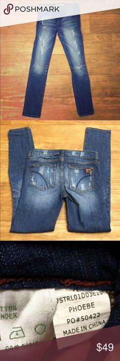 """Joe's Jeans Distressed Skinny Jeans Joe's Distressed Skinny Jeans 💕 Phoebe wash 💕Size 12 💕 27"""" inseam 💕 7"""" rise 💕 Joe's Jeans Bottoms Jeans"""