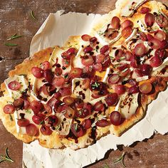 "Indoors or out, this flatbread will ""Wow"" everyone. Grilled+Grape,+Rosemary+&+Brie+Flatbread+-+The+Pampered+Chef®"