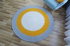 Large round living room rug, round rug under round table, floor rug, round yellow rug, braided rug, toddler room decor, washable rug, carpet