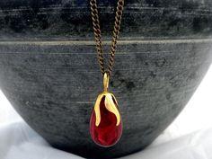 Long Necklaces – RED - Shining Dark Red Original Vintage necklace – a unique product by VillaSorgenfrei on DaWanda