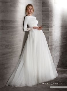 dress Wedding modest - Online Shop 2019 New Simple Crepe Tulle Modest Wedding Dresses With Sleeves Boat Neck Covered Back Country Western Sleeved Bridal Gowns Modest Wedding Gowns, Wedding Gowns With Sleeves, Long Sleeve Wedding, Dream Wedding Dresses, Bridal Dresses, Muslim Wedding Gown, Boat Neck Wedding Dress, Bridal Gown Styles, Muslim Wedding Dresses