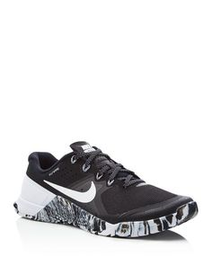 Nike Metcon 2 Lace Up Sneakers