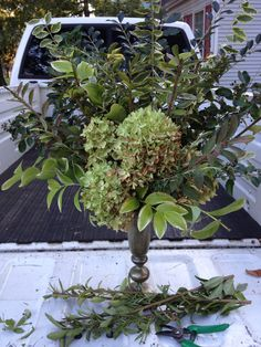 'Floral ' arrangement made from early fall natural textures. It's all free. My favorite kind of projects.