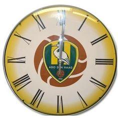 Dankzij deze klok van ADO Den Haag ben je altijd bij de tijd! Het logo van de club staat op de klok.   Afmeting: volgt later.. - Klok ado