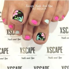 Adorable Toe Nail Designs for Women - Toenail Art Designs - Tap the link to see the newly released collections for amazing beach bikinis Simple Toe Nails, Pretty Toe Nails, Summer Toe Nails, Fancy Nails, Toenail Art Summer, Summer Pedicures, Pretty Toes, Spring Nails, Get Nails