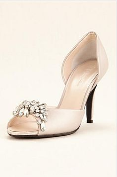 a4d71dd5966 Elegantly simple with a pop of sparkle, this pump will complete your  evening look!