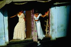 Jodi Cobb's photograph of prostitutes in Mumbai (courtesy National Geographic: Women of Vision)