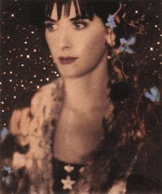 See Enya pictures, photo shoots, and listen online to the latest music. Enya Music, Cinema Popcorn, Mystery Train, Mike Oldfield, New Age Music, Celtic Goddess, Album Cover Design, Beautiful Voice, Beautiful People