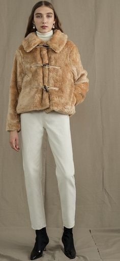 Cold Cream, Fur Coat, Ootd, Jackets, Fashion, Down Jackets, Moda, Fashion Styles, Fashion Illustrations