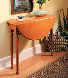 Swing-Leg Table    Woodsmith Plans -  Attractive, practical, and best of all, fun to build -- this table has all the ingredients for a great weekend woodworking project.  The elegant look of this small, drop-leaf table is undeniably eye-catching, but also a bit deceiving. This is no ordinary drop-leaf table — it's a classic, swing-leg table.