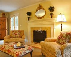 Traditional (Victorian, Colonial) Living & Family Room by Olga Adler