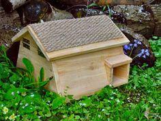 Hedgehog house Hedgehog Box, Hedgehog Habitat, Hedgehog House, Pet Hotel, Animal House, Dream Garden, Bird Feeders, Mammals, Habitats