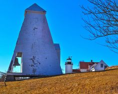 Maine Lighthouses and Beyond: Fort Point Lighthouse. To enjoy my site on lighthouses please click on the above photo.