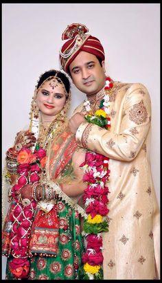 image by rich digital studio Indian Bride Photography Poses, Indian Bride Poses, Indian Wedding Poses, Indian Bridal Photos, Indian Wedding Couple Photography, Indian Wedding Fashion, Indian Wedding Photographer, Indian Wedding Outfits, Photography Styles