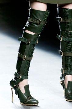 knee tops