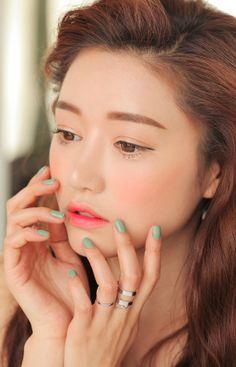3CE StyleNanda Korean Makeup Sora ⭐️⭐️ #DebbieKrug #JoinNerium #NeriumKorea ☀️☀️…