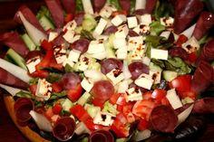 Lapponia salaatti - Kotikokki.net - reseptit Caprese Salad, Cobb Salad, Food, Meals, Yemek, Insalata Caprese, Eten