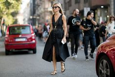 Dressing For A Fall Heat Wave   Head To Toe Black   Sarah Rutson   http://anoteonstyle.com/dressing-for-a-fall-heat-wave/