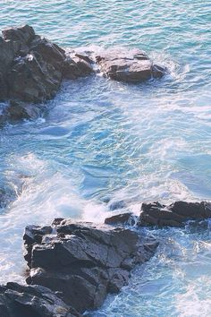 ocean waves, st ives, cornwall | nature photography + seascapes #adventure