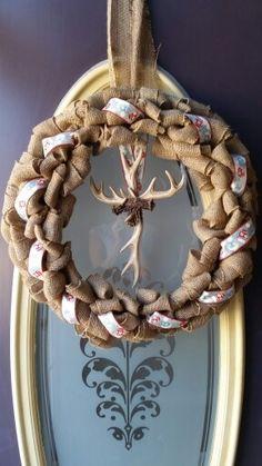Very easy to make. Antler Wreath, Antlers, Grapevine Wreath, Grape Vines, Christmas Wreaths, Burlap, Easy, Home Decor, Horns
