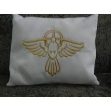 almofada bordada Divino Espírito Santo