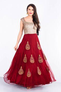 WEAVES OF WONDER Gold and Maroon Gown #flyrobe #wedding #weddingoutfit #flyrobeweddings #receptionoutfits #designerwear #designergown #receptiongown