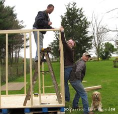 Free shed chicken coop plans! Diy Chicken Coop Plans, Best Chicken Coop, Building A Chicken Coop, Building A Shed, Chicken Coops, Building Plans, Chicken To Go, Chicken Lady, Old Wood Windows