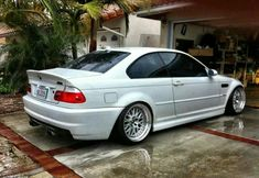 An overview of BMW German cars. BMW pictures, specs and information. Suv Bmw, Bmw Cars, Bmw Sport, Sport Cars, Bmw X5 F15, E46 Coupe, E46 Sedan, Bmw 318, E46 M3